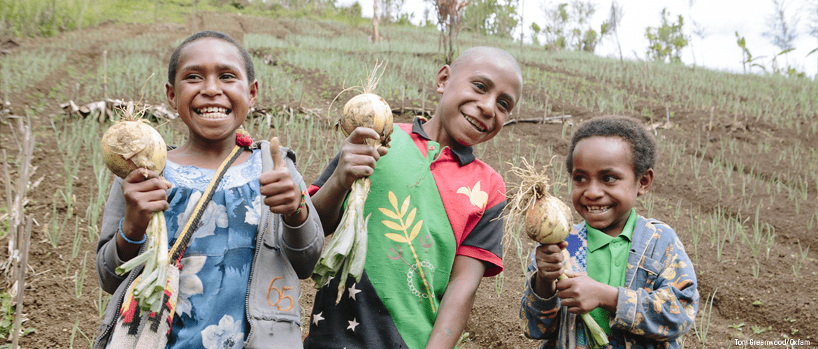 Children farming in Papua New Guinea