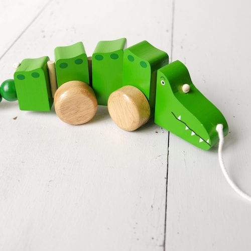 crocodile-pull-along-oxfam-nz