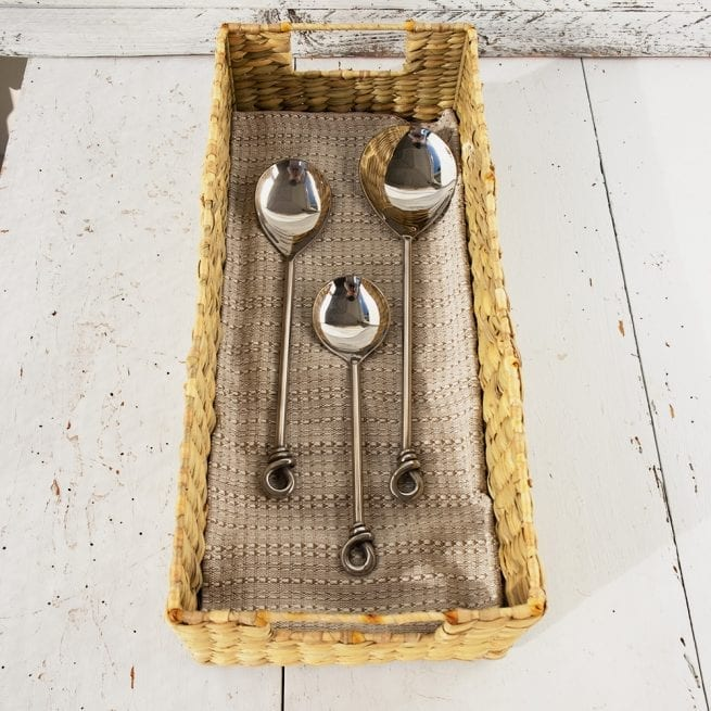 natural-seagrass-tray-with-window-handle-oxfam-nz