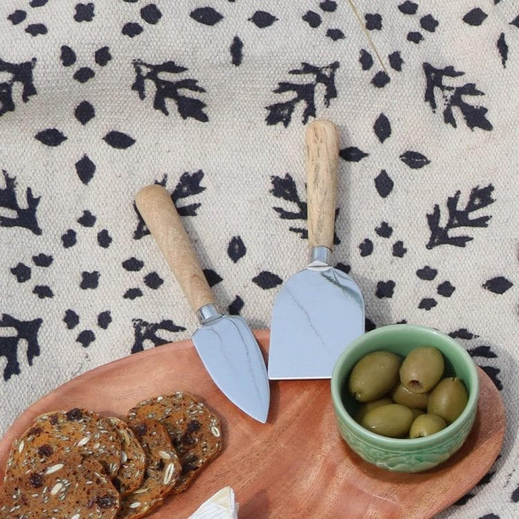Oxfam-Shop-Cheese-Knife-Set-1